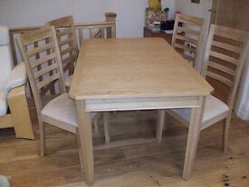Solid Oak Dining Table & 4 Chairs extends to 8 seater