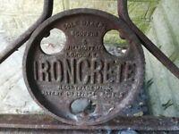 Vintage Ironcrete Rolle