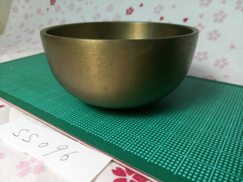 """SAHARI 3.051"""" Japanese Buddhist Bell SS096 Excellent Tone with Short waves"""