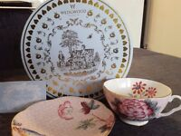 Wedgewood teacup & saucer set