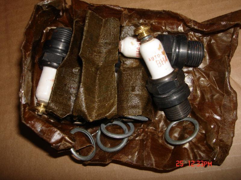 6 new vintage auto-lite bh4 spark plugs
