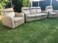 Designer Italian leather recliner sofa suite immaculate can deliver