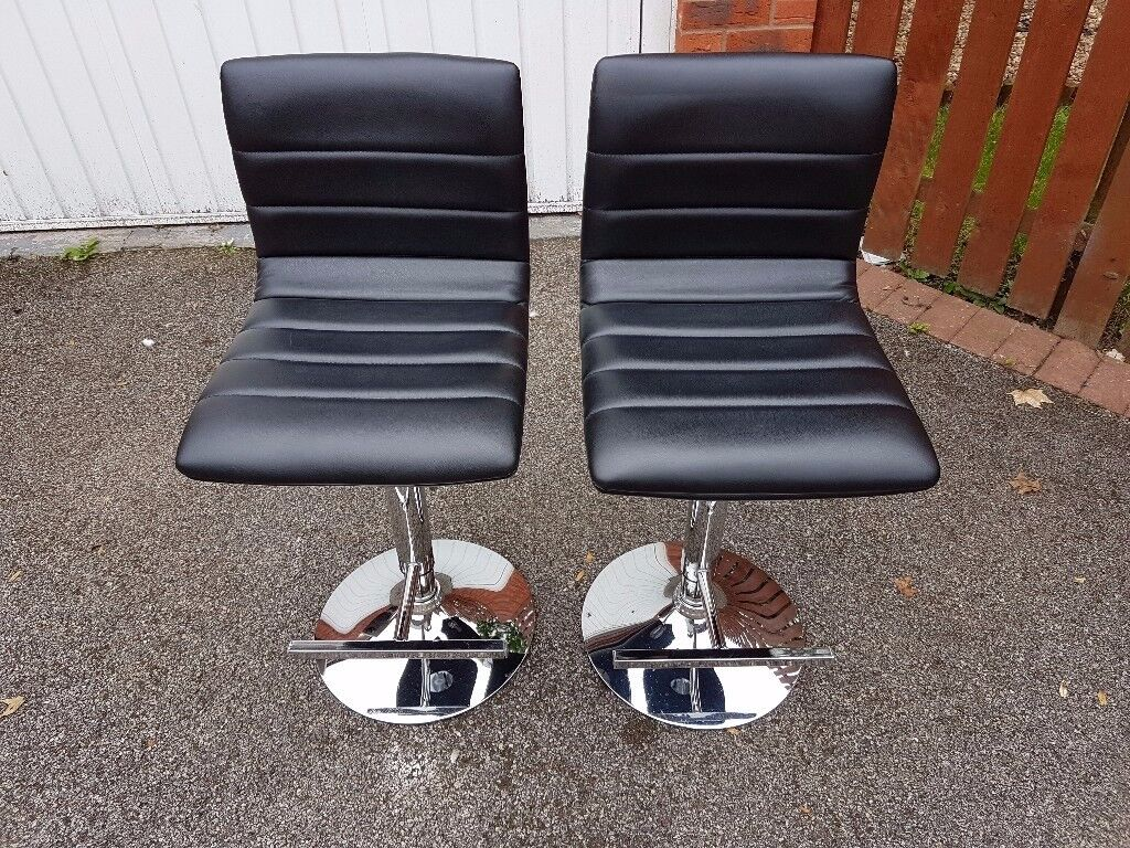2 Black Leather & Chrome Chairs Bar Stools FREE DELIVERY 045