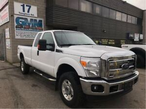 2014 Ford F-350 XLT FX4 Extended Cab Long Box 4X4 Gas