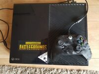 Xbox 1 and Controller woth 5 games