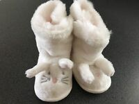 White company slippers baby rabbit 6-12 months