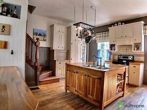 214 000$ - Maison 2 étages à vendre à Lefebvre