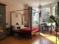 Lovely Room in Kilburn 5 minutes underground