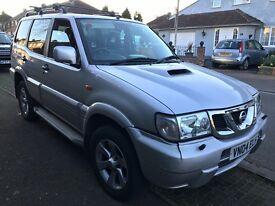 Nissan Terrano 2 SVE TD 2953cc Turbo Diesel Automatic 4x4 Estate 04 Plate 31/03/2004 Silver