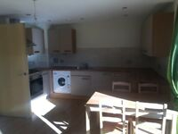 STUNNING***2 DBL BEDROOM FLAT**AVAILABLE NOW!!!