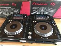 2 x Pioneer CDJ 2000 Nexus DJ Decks - Pair - Fully Boxed