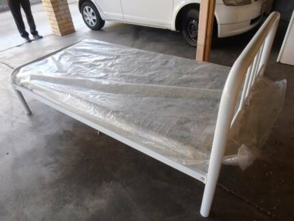 single bed with mattress Brisbane City Brisbane North West Preview