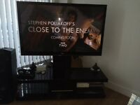 50 inch LG Plasma TV & Black high gloss stand