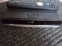 BT Youview 500gb recorder/freeview box