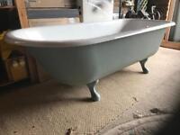 Victorian free standing cast iron roll top bath