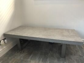 SOLD Housing units concrete effect perfect condition 6 months old