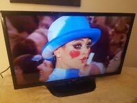 LG 32 Inch Full 1080p HD Smart LED TV With Freeview HD (Model 32LN575V)!!!