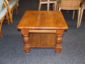 Pine coffee table 600 x 600 x 460