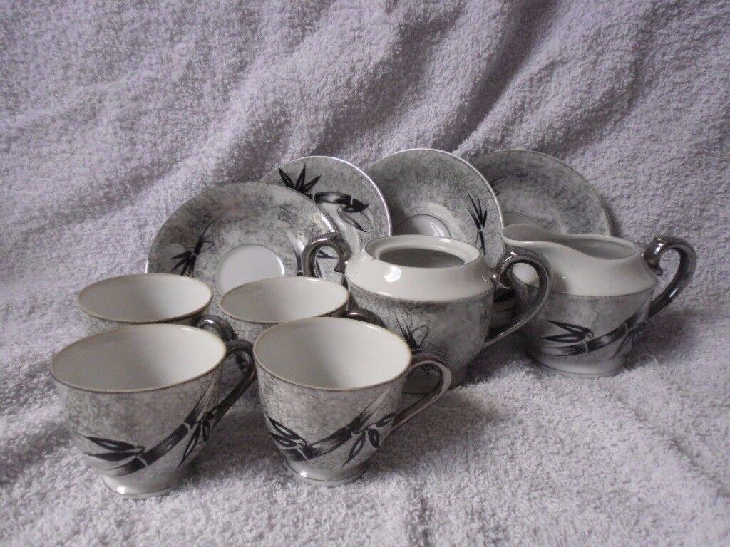 Bamboo pattern tea set