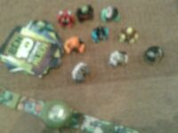 ben 10 watch mini figures and cards
