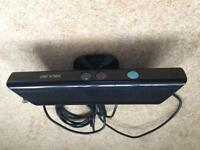 Xbox360 Kinect plus 8 games