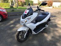 HONDA PCX 125cc white 2010 PRISTINE CONDITION NOT VESPA SH VISION HPI CLEAR SUPER LOW MILEAGE!!!