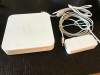 Apple AirPort Extreme 2nd Gen 54 Mbps Gigabit Wireless Router