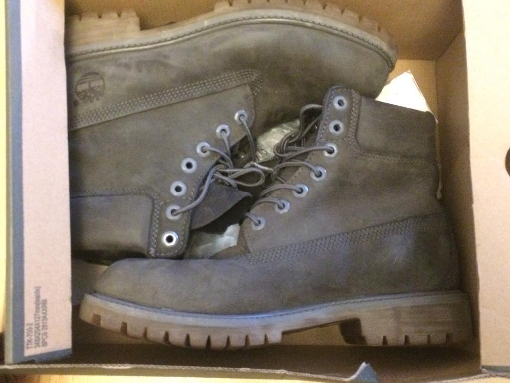 Unisex Timberland boots only worn handful of times