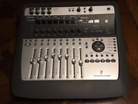 Digidesign 002 project studio workstation with carry case