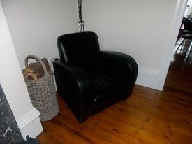 Black leather armchair / retro club chair