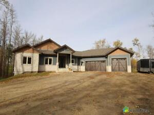 $864,395 - Bungalow for sale in Leduc County