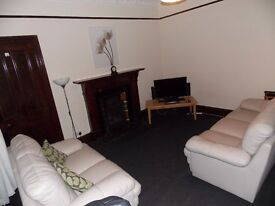 Quiet City Centre Flat very large rooms 1 - bedroom