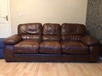 3 SEATER BROWN LEATHER COUCH.