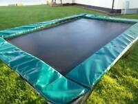 Trampoline 10 x 7 ft (3.1m x 2.2m)