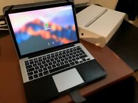 2015 Macbook Pro Retina 13in Perfect Condition with box and Mossiso Black Leather protector