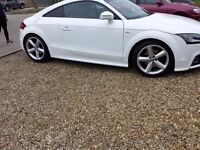 WHITE AUDI TT COUPE 2L PETROL 3 DOOR 2011 - ABSOLUTELY STUNNING WITH HIGH PERFORMANCE
