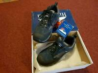 BRAND NEW Safety Boots SIZE 10