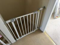 Baby safety gate Hauck