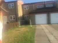 **LARGE TWO BED**(LE4)**