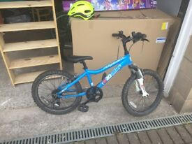 20 inch wheel Ridgeback MX Terrain bike