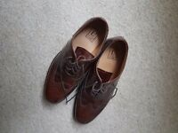 Dark brown loakes