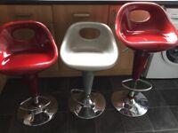 3 adjustable bar stools