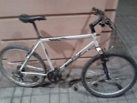 Men Women Front Suspension Mountain Bike 24 Gears READY TO GO has GOOD TYRES and BRAKE PADS