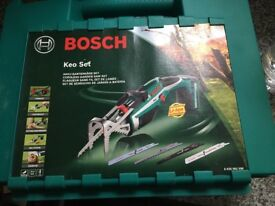 Bosh cordless garden saw 10.8v used boxed fully working