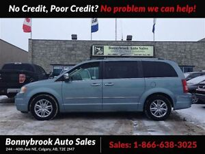 2008 Chrysler Town & Country Limited 7 passenger quad seating le