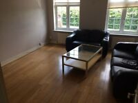 beauitful 2 bed flat on Whalebone Lane chadwell heath
