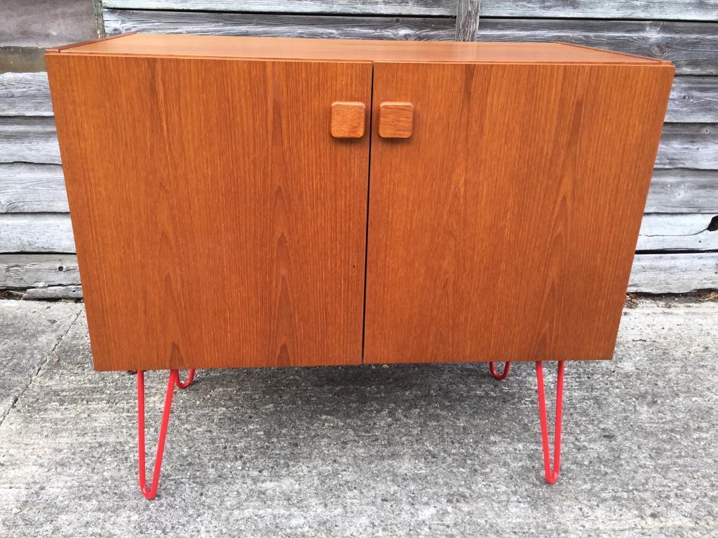 Vintage retro teak wooden Danish mid century red hairpin legs sideboard TV record cabinet sideboard