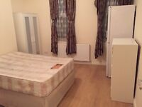 Nice double room to rent in Brixton.
