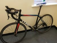 Cube peloton Entry Level Road bike Carbon forks Super light weight bargain a4
