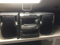 AIWA 3 CD /DOUBLE TAPE DECK /RADIO HI FI